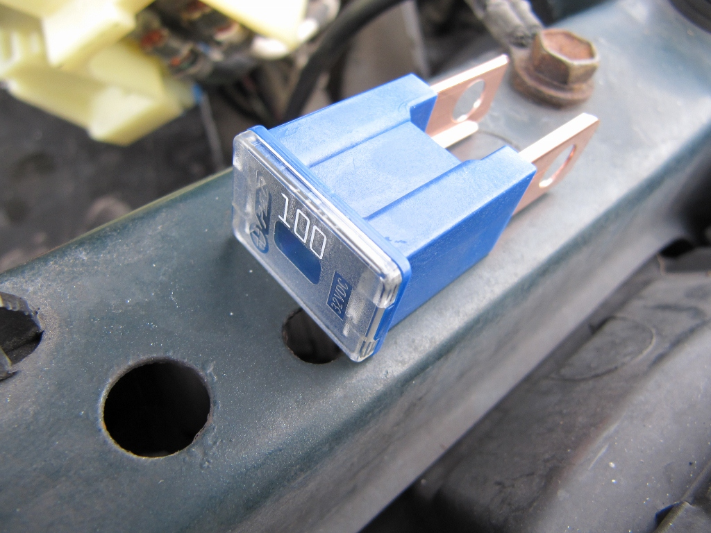 Alternator 100 Amp Fuse 1998 T22 - Avensis Club