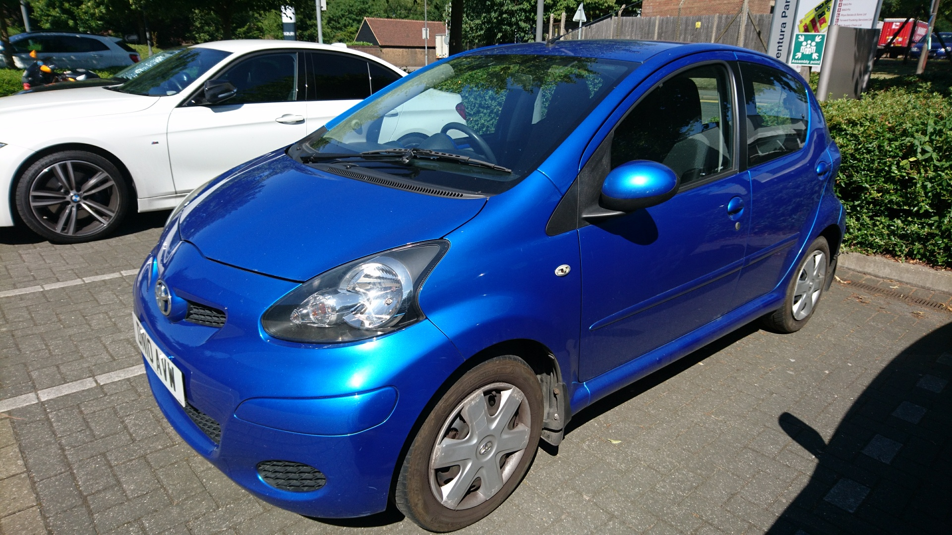 2010 toyota aygo blue 5dr for sale toyota owners club toyota forum. Black Bedroom Furniture Sets. Home Design Ideas