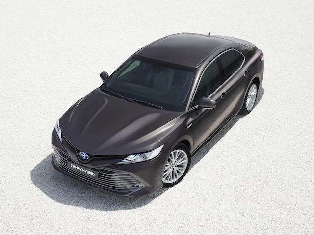 Toyota-Camry-2019-NOT-UK-SPEC-1.jpg