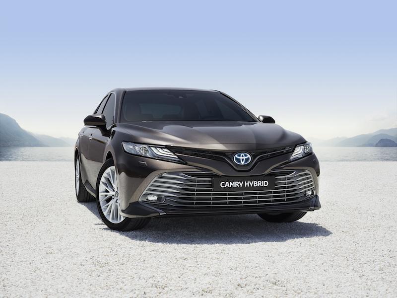Toyota-Camry-2019-NOT-UK-SPEC-6.jpg