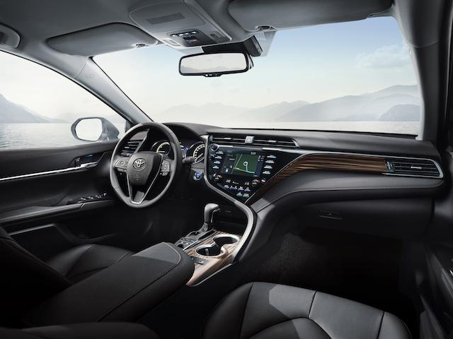 Toyota-Camry-2019-NOT-UK-SPEC-9.jpg