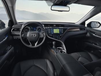 Toyota-Camry-2019-NOT-UK-SPEC-10-1000x750.jpg