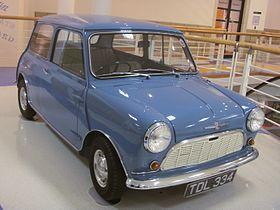 1959_Morris_Mini-Minor_Heritage_Motor_Centre,_Gaydon.jpg