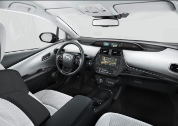 Prius-Plugin-MC-2019-6-1000x709.jpg