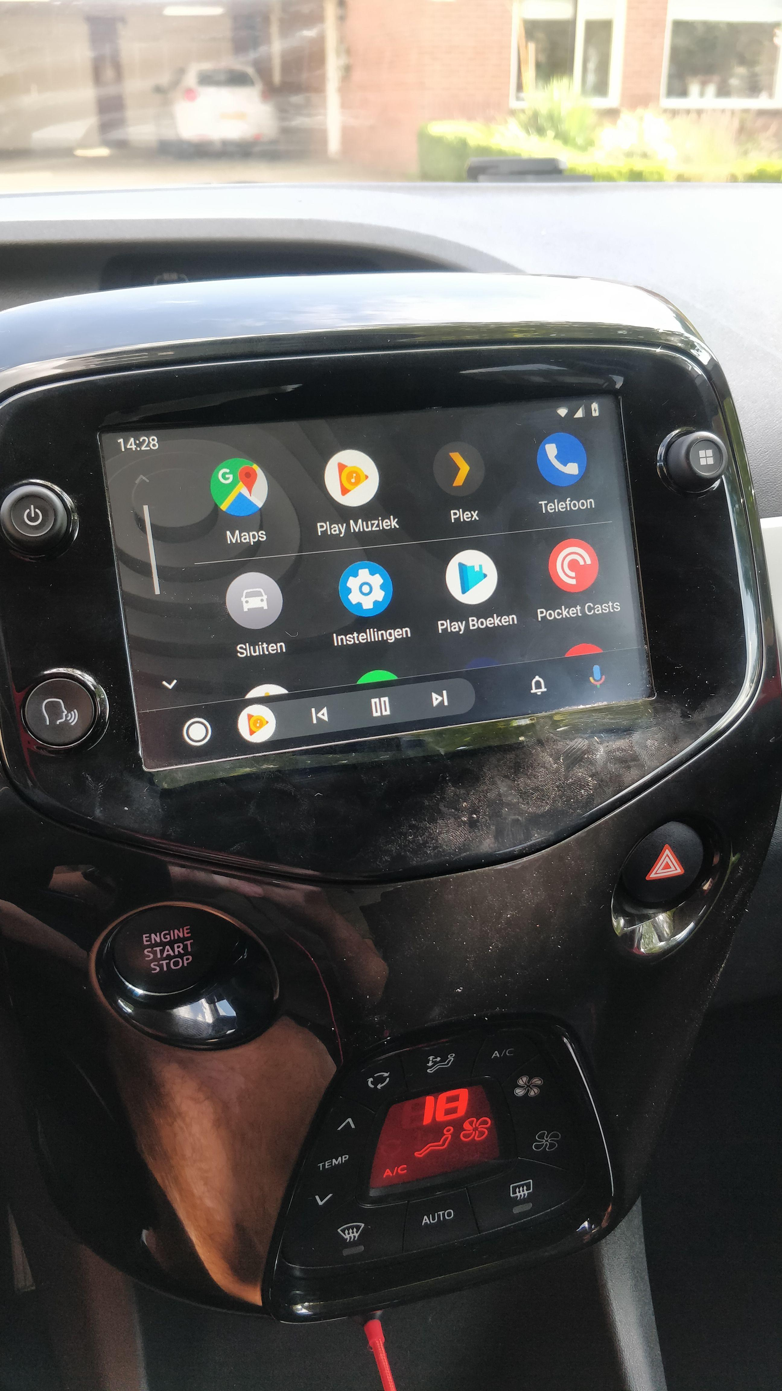 Do you think that Aygo 2016s will get Apple CarPlay Update